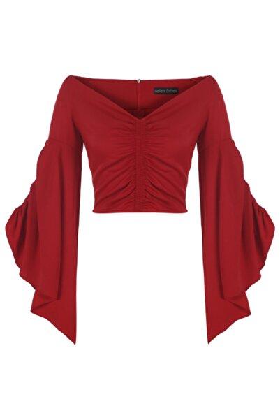 Meltem Özbek Kadın Kırmızı Büzgülü Volan Kol Bluz