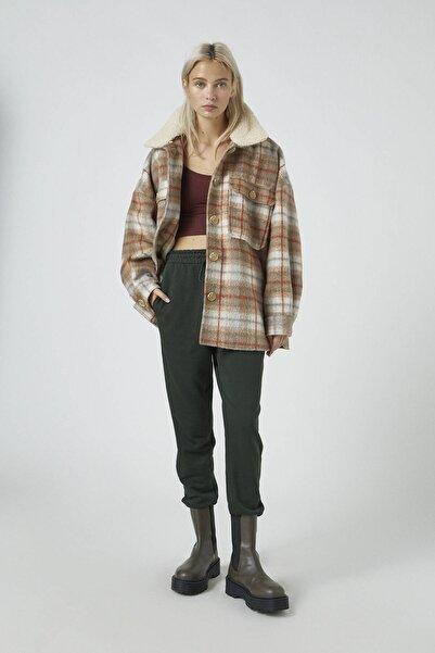 Pull & Bear Kadın Koyu Yeşil Elastik Paçalı Basic Jogger Pantolon 09678407