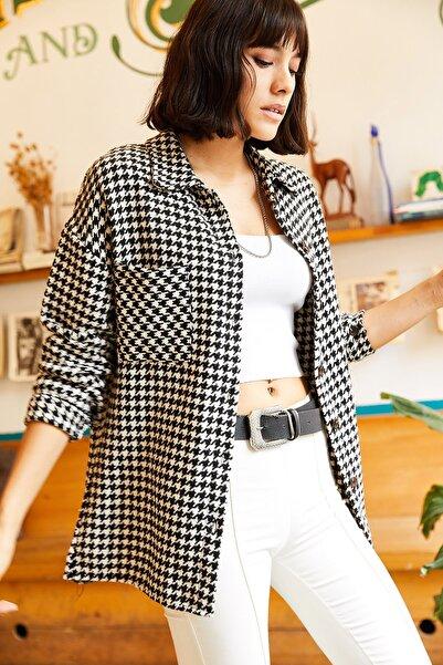 Olalook Kadın Siyah-Beyaz Tek Cepli Kaz Ayağı Kaşe Gömlek GML-19000721