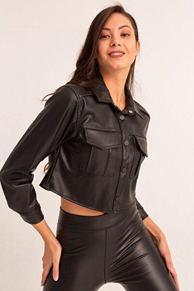 Fulla Moda Kadın Siyah Cepli Kısa Deri Gömlek
