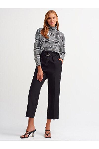 Dilvin Kadın Siyah Toka Detaylı Pantolon