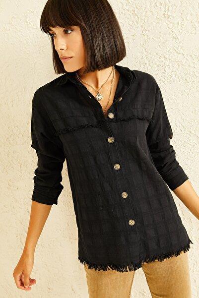 oshebu Kadın Siyah Etek Ucu Püsküllü Gömlek