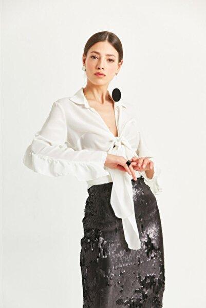 Say Kadın Ekru Önden Bağlamalı Farbalı Bluz