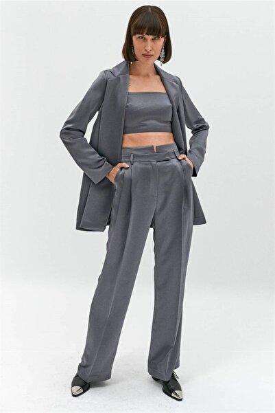 rue. Kadın Gri Saten Yüzeyli Pensli Pantolon