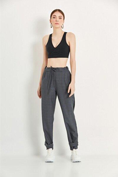 Say Kadın Mavi Yanları Siyah Şeritli Paçası Kemerli Ekose Pantolon
