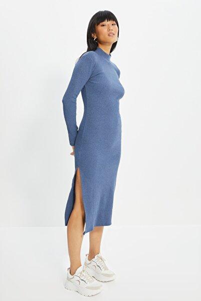 TRENDYOLMİLLA Indigo Fitilli Bodycon Midi Örme Elbise TWOAW21EL0135