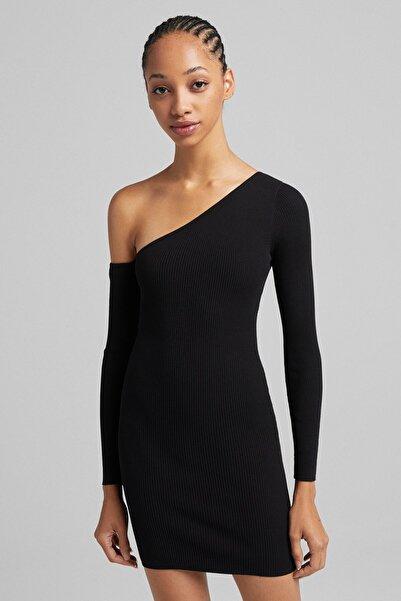 Bershka Uzun Kollu Pencere Detaylı Asimetrik Elbise