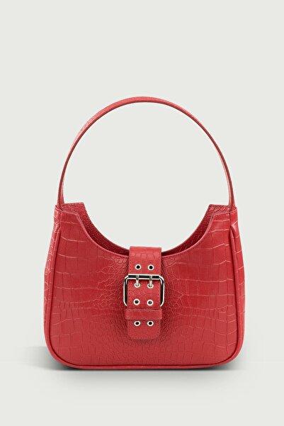 Housebags Kadın Kırmızı Tokalı Desenli Çanta 209