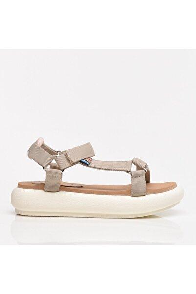 Hotiç Bej Kadın Sandalet