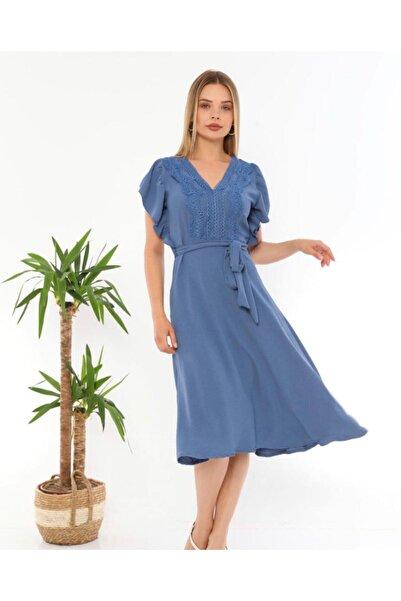 Miss Selens Önü Dantel Detaylı Kloş Elbise
