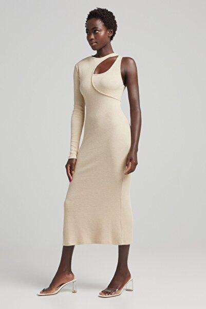 Bershka Pencere Detaylı Asimetrik Midi Elbise