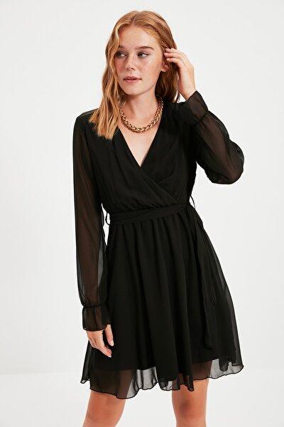 TRENDYOLMİLLA Siyah Kuşaklı Elbise TWOAW20EL0789