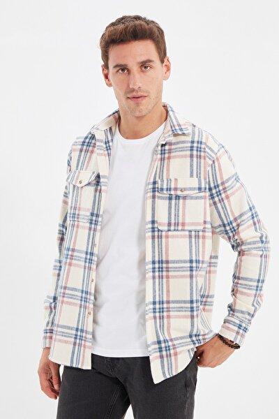 TRENDYOL MAN Mavi Erkek Regular Fit Gömlek Yaka Çift Cep Kapaklı Uzun Kollu Oduncu Ekose Gömlek TMNAW22GO0441