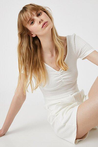 Koton Kadın Kırık Beyaz Bluz 1YAK13023EK