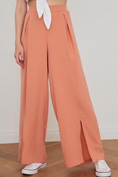 Miyore Beli Lastik Detay Bol Paça Pantolon- Pudra