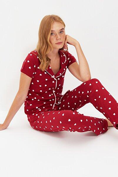 TRENDYOLMİLLA Bordo Kalp Desenli Örme Pijama Takımı THMAW22PT0700