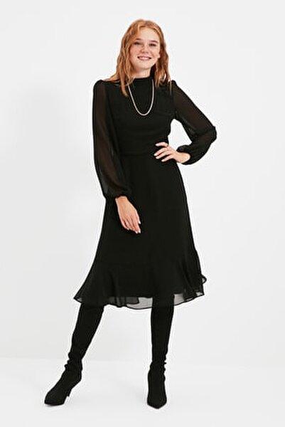 Siyah Volanlı Elbise TWOAW20EL1313