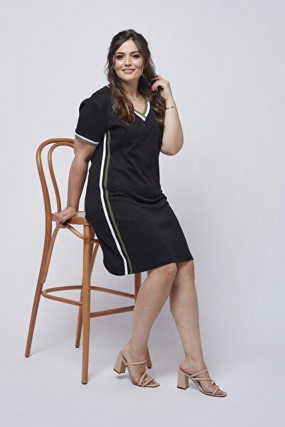 Moda Berray 3012 Siyah V Yaka Yanı Şeritli Günlük Örme Büyük Beden Elbise
