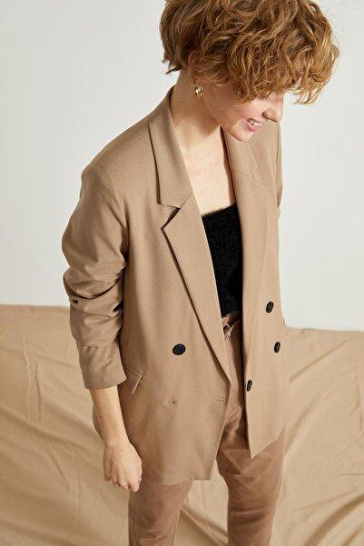 DeFacto Kuşaklı Oversize Fit Blazer Ceket