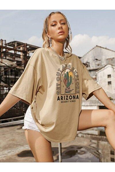 K&H TWENTY-ONE Kadın Camel Oversize Arizona Baskılı T-shirt