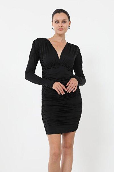 BY H Vatkalı Büzgülü Elbise-siyah