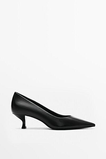 Massimo Dutti Kadın Siyah Deri Orta Boy Topuklu Ayakkabı 11466850