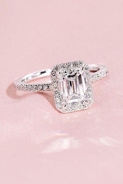 Crystal Diamond Zirconia Sertifikalı Laboratuvar Pırlantası 1.01 Karat Özel Kesim Baget Yüzük