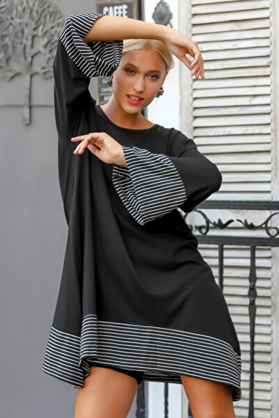 Chiccy Kadın Siyah Sıfır Yaka Kol Ve Etek Ucu Çizgi Bloklu Asimetrik Oversize Tunik Elbise M10160000EL94207