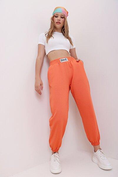 Trend Alaçatı Stili Kadın Turuncu Beli Ve Paçası Lastikli Bol Kesim Eşofman Altı MDA-1301