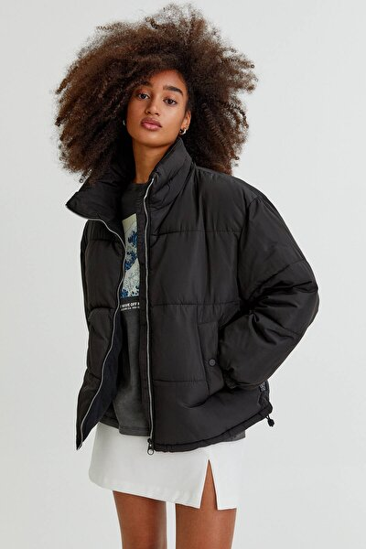 Pull & Bear Kadın Siyah Basic Dik Yaka Şişme Mont 08711313