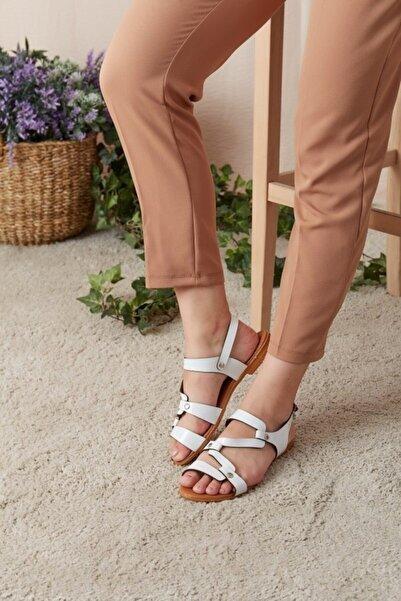 Eka Kadın Beyaz Çapraz Deri Şeritli Sandalet 0798-0812