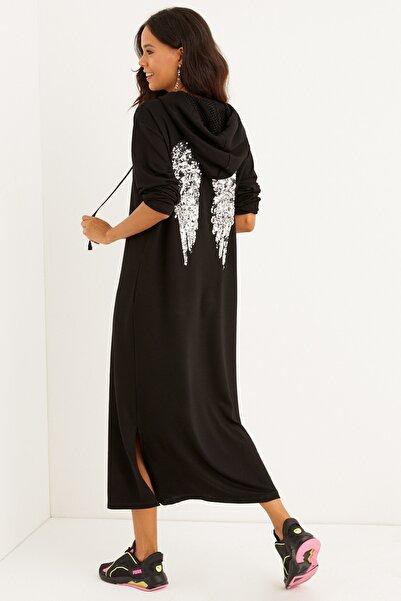 Cool & Sexy Kadın Siyah Sırtı Nakışlı Kapüşonlu Maxi Elbise BK1256