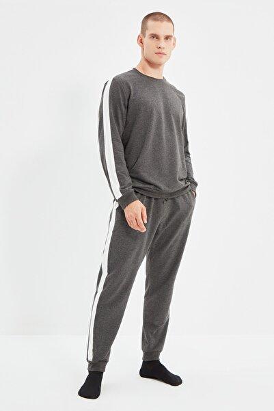 TRENDYOL MAN Antrasit Yanları Şeritli Örme Pijama Takımı THMAW21PT0828