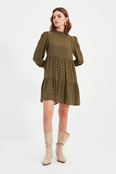 TRENDYOLMİLLA Haki Petite Puantiyeli Elbise TWOAW22EL0568