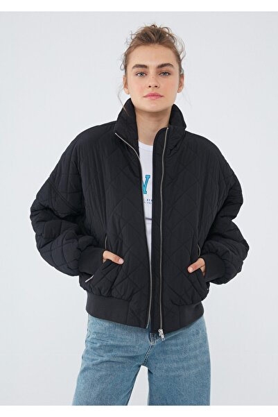 Mavi Dik Yaka Siyah Ceket 110807-900