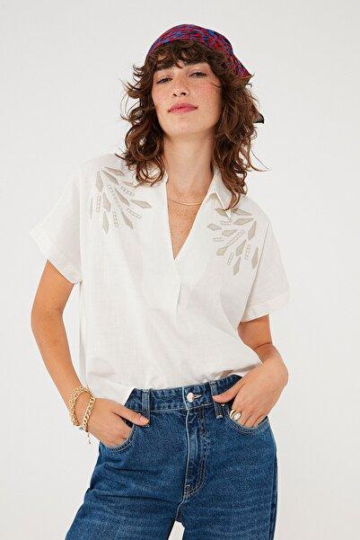 Mavi Kadın Nakışlı Beyaz Bluz 122852-34519 122852-34519