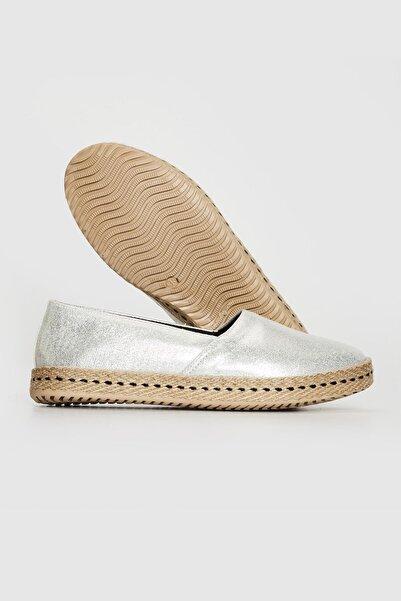 LETOON Kadın Gri Günlük Ayakkabı