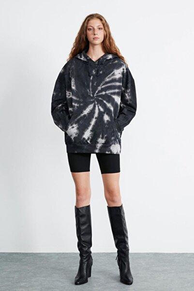 GRIMELANGE SOPHIA Kadın Gri Renkli Kapüşonlu Oversize Sweatshirt