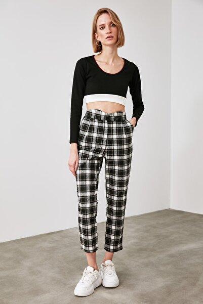 TRENDYOLMİLLA Siyah Kareli Pantolon TWOAW21PL0033