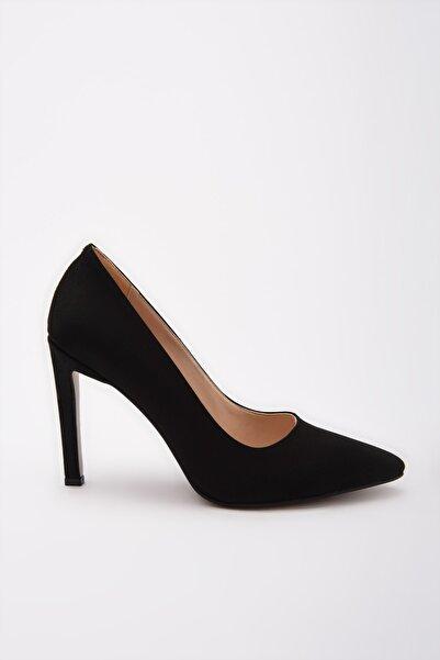 Yaya  by Hotiç Siyah Kadın Klasik Topuklu Ayakkabı 01AYY192230A100