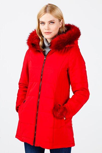 Ekol Kadın Kırmızı Kapüşonlu Kürklü Şişme Mont 6058009
