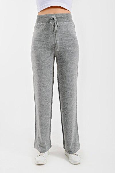 CHUBA Kadın Gri Boru Paça Geniş Kesim Triko Pantolon 21w110