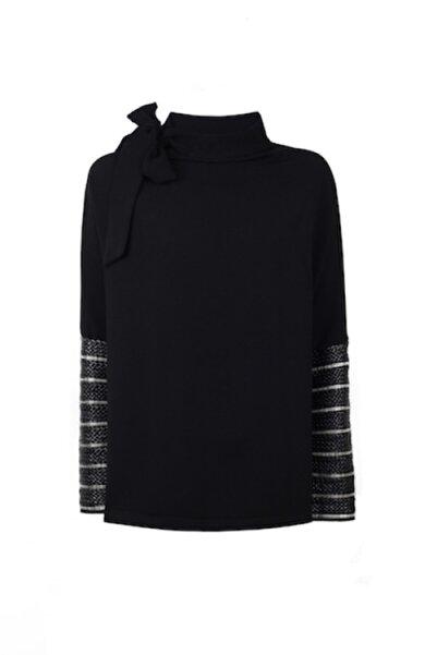 CEREN OCAK Kadın Siyah Yaka Detaylı Bluz