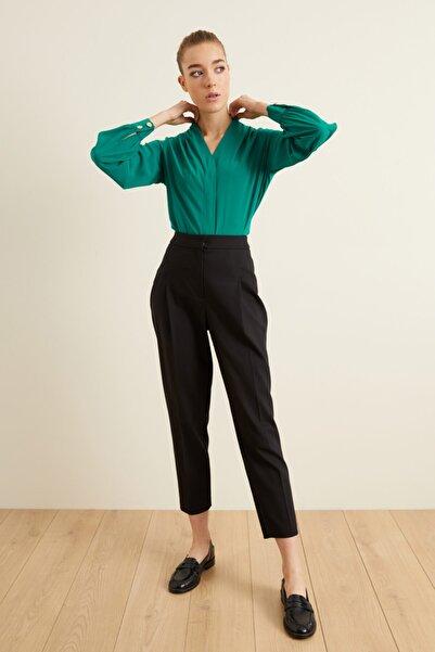 adL Kadın Siyah Fleto Cepli Pileli Pantolon