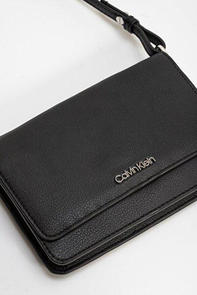 Calvin Klein Kadın Siyah Omuz Çantası