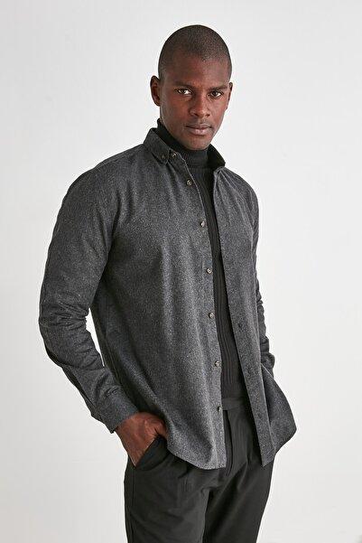 TRENDYOL MAN Siyah Erkek Gömlek Yaka Slim Fit Gömlek TMNAW20GO0094