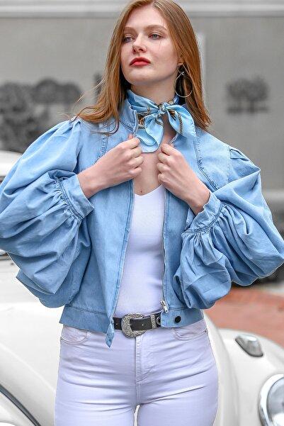 Chiccy Kadın Mavi Vintage Balon Kol Fermuarlı Denim Ceket M10210100CE99255