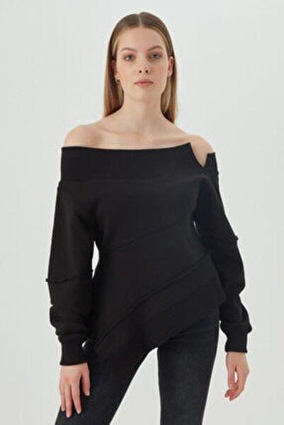 Kadın Siyah Asimetrik Kesim Sweatshirt