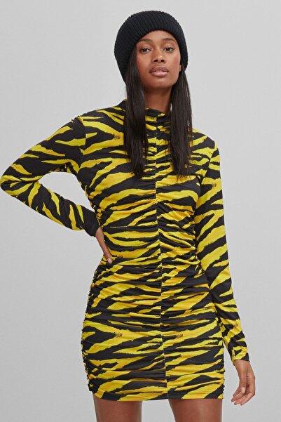 Bershka Kadın Sarı Zebra Desenli Elbise