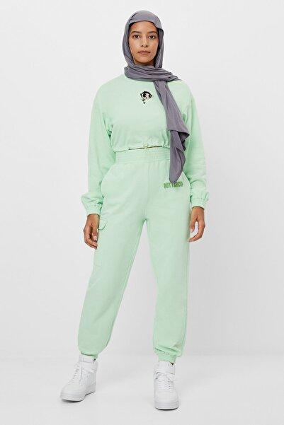 Bershka Kadın Yeşil Powerpuff Girls Baskılı Jogging Fit Pantolon